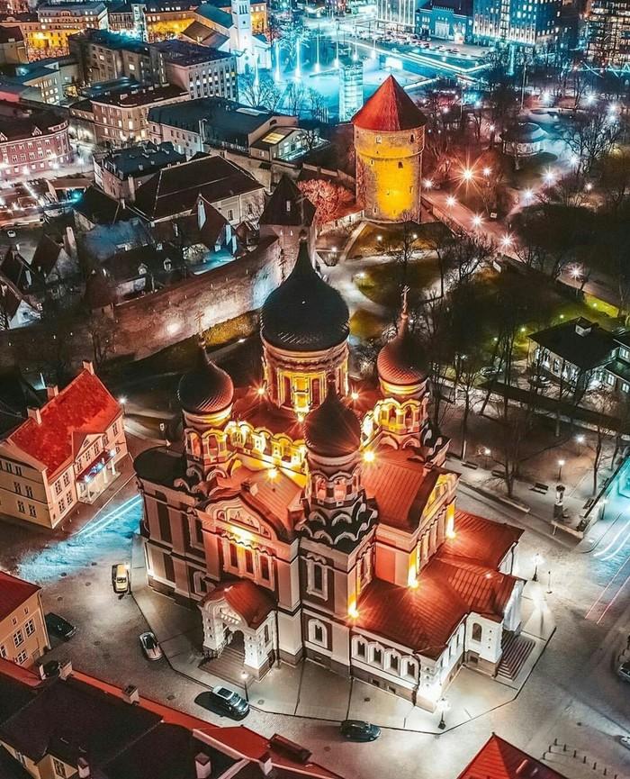 Ночной Таллин, Эстония