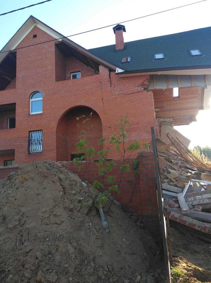К посту о любителях откопывать и подкапывать фундамент Строительство, Фундамент, Раскопки, Обрушение дома, Длиннопост