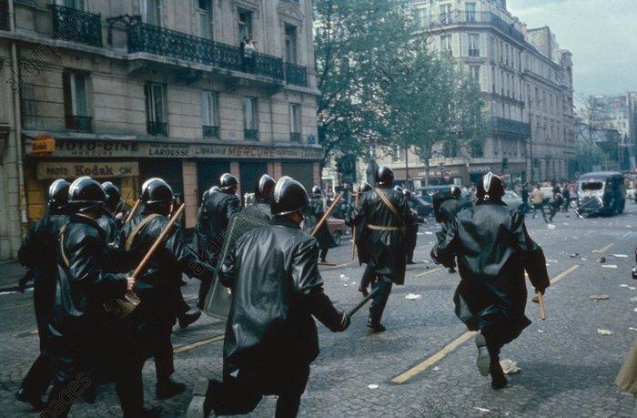 Случается. Франция, США, Политика, Экономика, Совпадение, Протест, Длиннопост