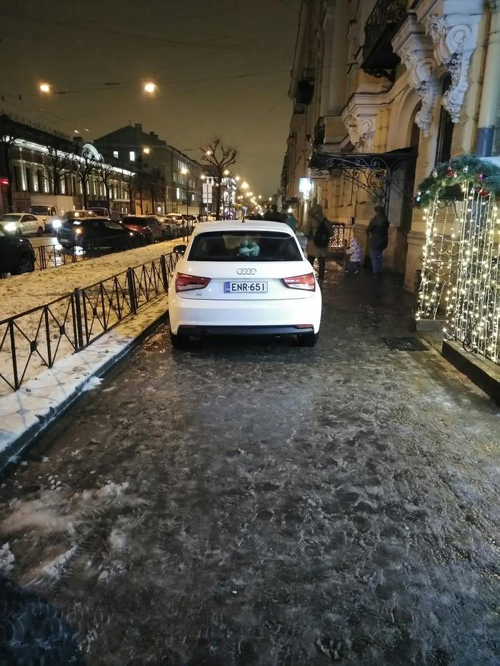 Феерически припарковался наш финский гость! Мастер парковки, Санкт-Петербург, Хамство, Длиннопост, Тротуар, Фин, Парковка