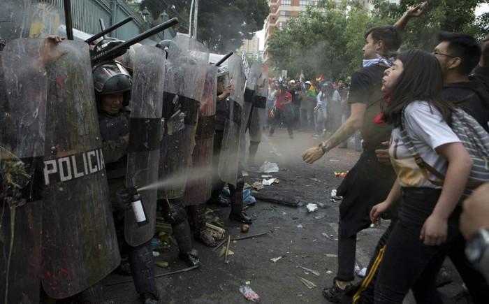 Протест и ответ на протест Протест, Митинг, Боливия, Ответ