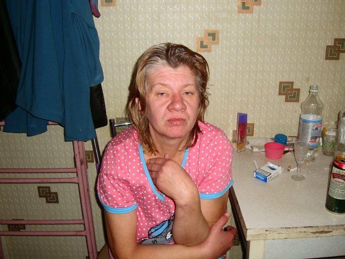 Фото сперма во влагалище пожилой женщины просто