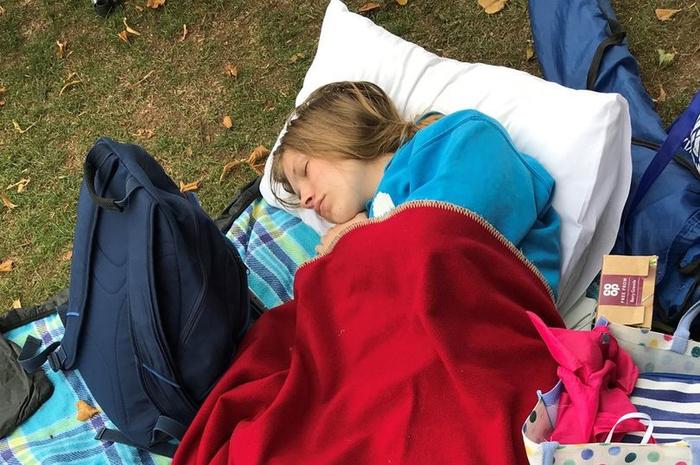Студентка с редкой болезнью спит по 20 часов в сутки, и завидовать тут нечему Сон, Болезнь, Студентка, Длиннопост