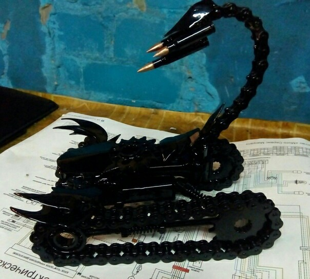 Из металолома и не только Металлолом, Скорпион