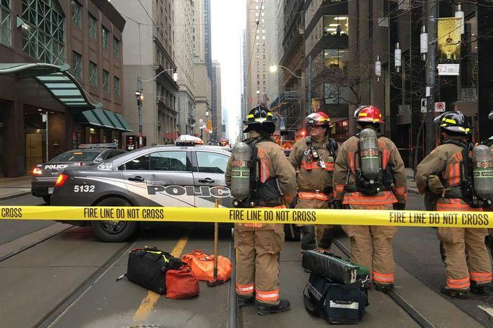 В Торонто из-за угрозы взрываэвакуировали станцию метро Бомба, Угроза, Канада