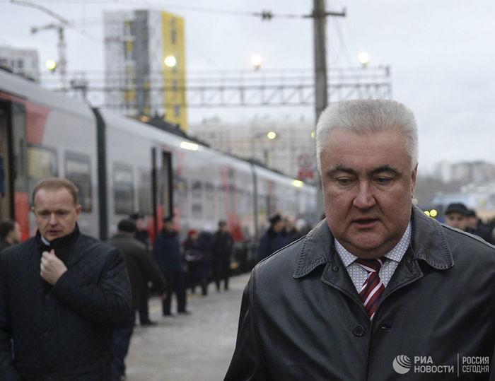 Начальника Свердловской железной дороги задержали за взятку Взятка, Коррупция, Негатив