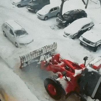 Будешь знать, как мешать снег убирать