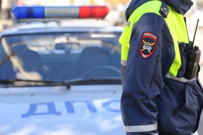 Сбившая гаишника 15-летняя мажорка оказалась грабительницей Общество, Челябинск, Мажоры, ДТП, ГИБДД, Lenta ru, Грабители, Гифка, Видео, Негатив