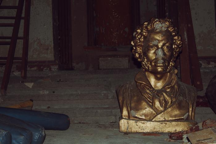Заброшенный ДК в санатории Талая. Магаданская область. Заброшенное, Колыма, Длиннопост, Урбанфото, Фотография