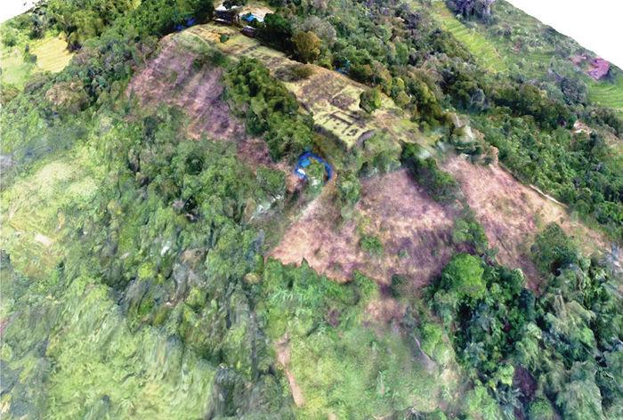 Археологи нашлидревнейшую пирамиду в лесах Индонезии Археология, Пирамида, Длиннопост, Мегалиты, Индонезия, Ява, Открытие