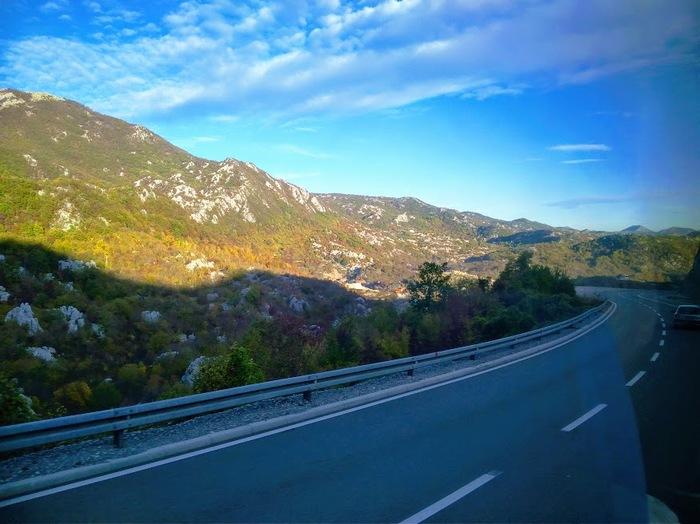 10 часов счастья. Черногория, Сербия, Граница, Горы, Подгорица, Путешествия, БелГурТрип, Дорога, Длиннопост