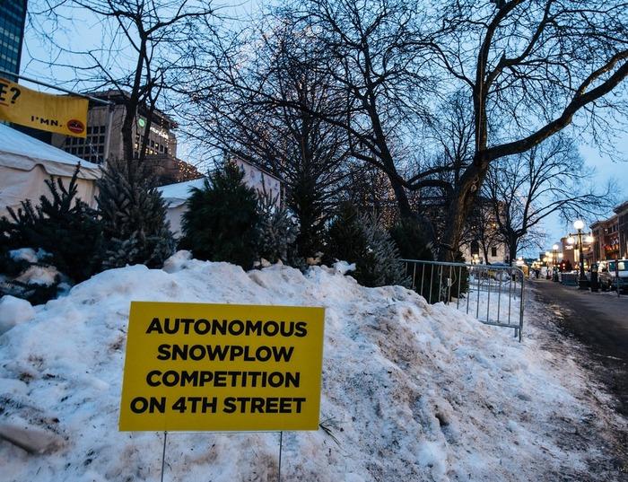 Битва снежных ЖКХ-роботов Экология, Робот, Снегоуборочная техника, США, Экосфера, Длиннопост, ЖКХ, Уборка снега, Соревнования