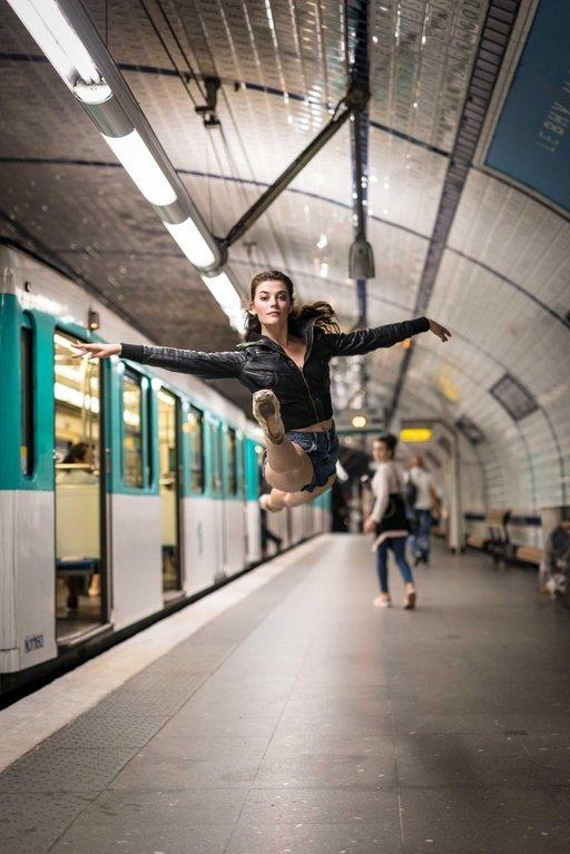 Полёт Фотография, Париж, Метро, Балерины, Прыжок