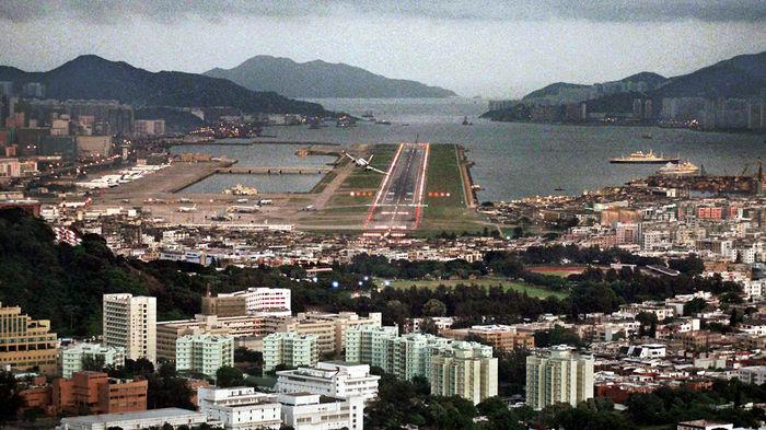 Хочу все знать! #64. История самого опасного аэропорта в мире. Хочу все знать, Авиация, Аэропорт, Китай, Посадка самолета, Интересное, Видео, Длиннопост