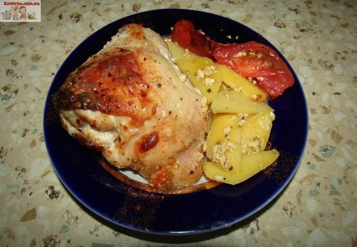 Курица с картошкой в кефире Курица, Блюда в духовке, Кулинария, Видео рецепт, Видео, Длиннопост, Вторые блюда