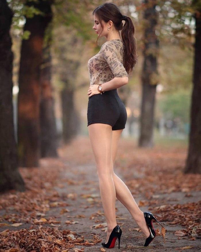 Осень Ariadna Majewska, Шорты, В обтяжку, Красивая девушка, Длиннопост