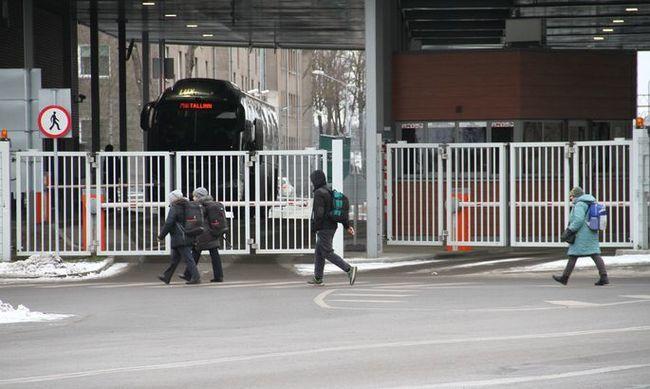 Как устроен нелегальный бизнес на границе? Опытный контрабандист раскрывает карты. Таможня, Контрабанда, Ивангород, Нарва, Эстония, Россия, Длиннопост, Санкции