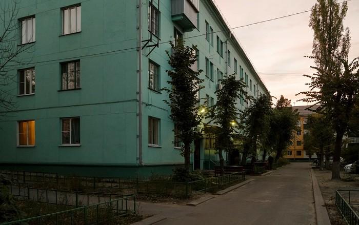 Двор, который есть в каждом городе Фотография, Город, Панельный дом, Панельки, Дом, Городские пейзажи, Зеленый, Длиннопост