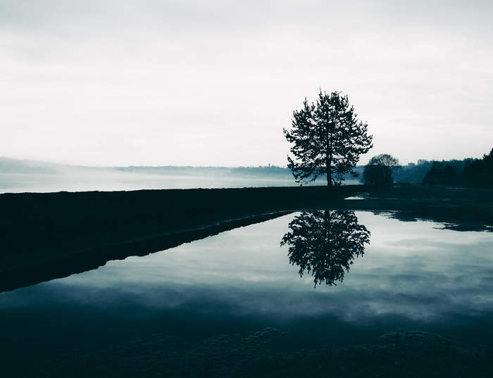 Калужское водохранилище. Набережная после дождя.