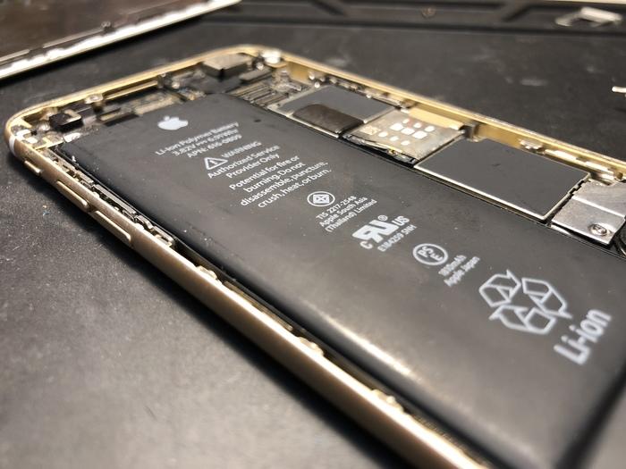 Вспучило после новогодних праздников Аккумулятор, Iphone 6, Вздулся аккумулятор, Ремонт, Работа