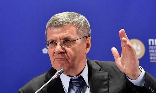 Юрий Чайка попросил правительство в два раза повысить зарплату прокуроров Прокурор, Зарплата, Чайки, Чиновники, Политика