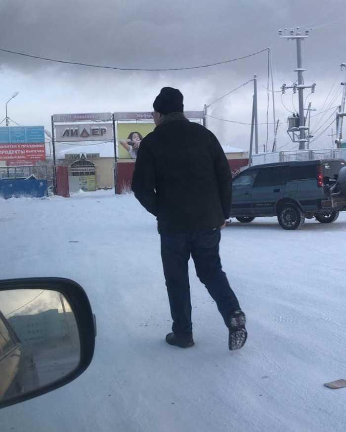 Таксист в Якутске очень удивился и обрадовался поступку пассажира. Якутия, Якутск, Пассажиры, Такси, Подарок, Щедрость, Фотография, Длиннопост