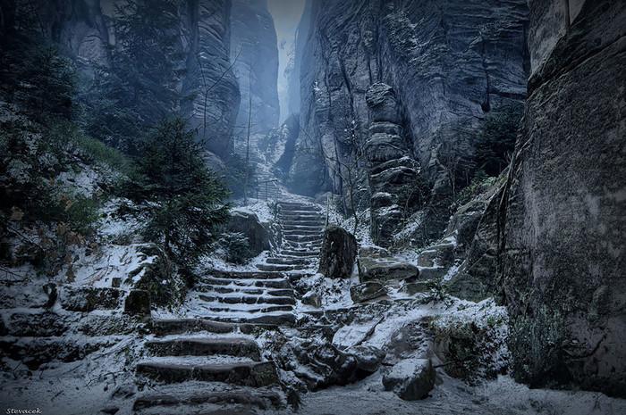 Хочу все знать! #82. В Чехии нашлось место, неотличимое от локаций видеоигр. Красотища! Хочу все знать, Чехия, Ландшафт, Красота, Природа, Skyrim, Игры, Длиннопост