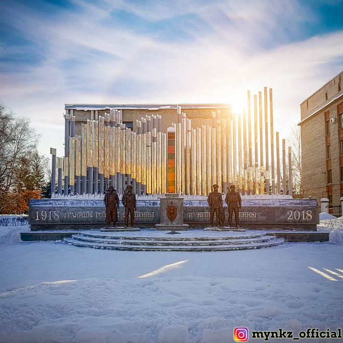 Памятник пограничникам в Новокузнецке Новокузнецк, Памятник, Пограничники