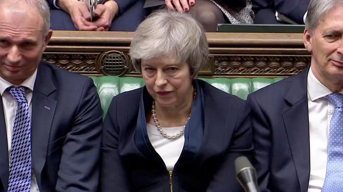 «Крупнейшее поражение правительства с 1920-х годов»: британский парламент не принял соглашение по брекситу Общество, Политика, Великобритания, Тереза Мэй, Brexit, Russia today, Парламент, Кризис, Видео, Длиннопост