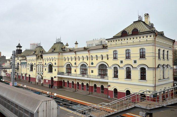Железнодорожный вокзал в Приморском крае, в закладке которого принимал участие Цесаревич Николай в 1893 году Владивосток, Приморский край, Вокзал, Длиннопост