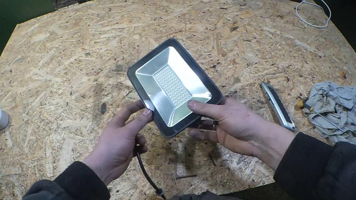 Ремонт LED прожектора 20watt Ремонт техники, Длиннопост, Ремонт