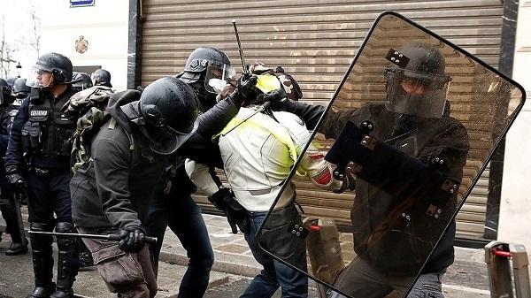 """Реми Майснер: Про """"эффективность"""" французских протестов. Часть 2. Реми Майснер, Желтые жилеты, Франция, Забастовка, Классовая борьба, Капитализм, Протесты во Франции, Видео, Марксизм, Длиннопост"""