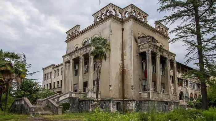 Заброшенный советский санаторий в Цхалтубо Грузия, СССР, Заброшенное место, Длиннопост