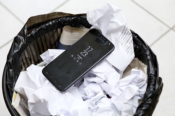 Мобильный оператор отключил телефон костанайцу за то, что он... много звонил Костанай, Телефон, Теле2, Tele2 Казахстан, Блокировка, Казахстан
