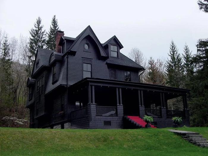 Чёрный дом