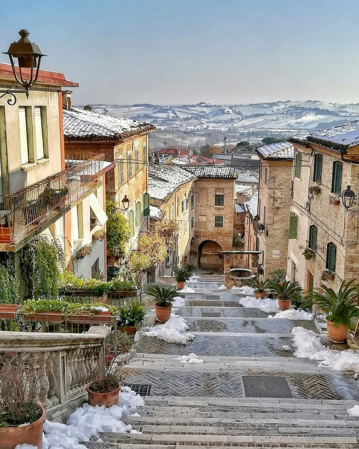 Коринальдо, Италия.