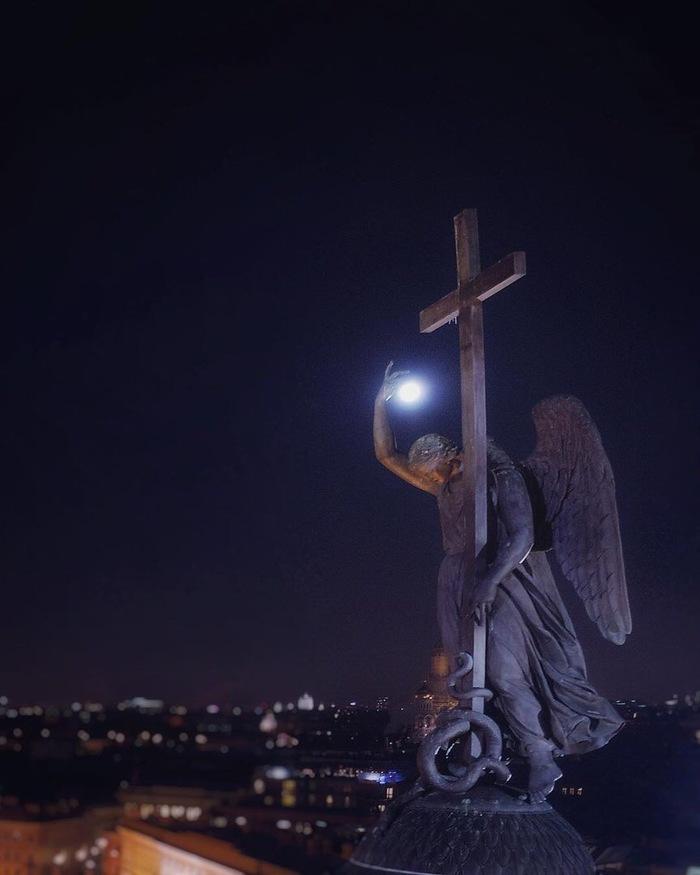 Питер. Ангел Санкт-Петербург, Ангел