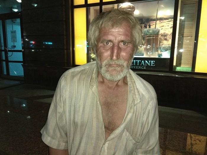 Нужен совет, куда отправить бродягу Бездомные, Благотворительность, Помощь, Без рейтинга