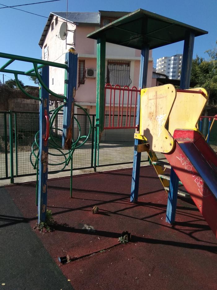 Детская площадка. Пока никто не убился. Детская площадка, Бюджет, Разруха, Тяжёлые травмы, Деньги, Дети, Длиннопост