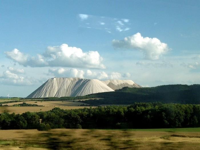 Откуда в Германии огромная гора поваренной соли? Соль, Гора соли, Германия, Херинген, Достопримечательности, Длиннопост