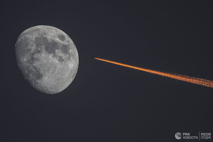 В России предложили готовить юристов к территориальным спорам из-за Луны Роскосмос, Ран, Луна, Территориальные споры, Юристы, Космическое право, Космос, Политика