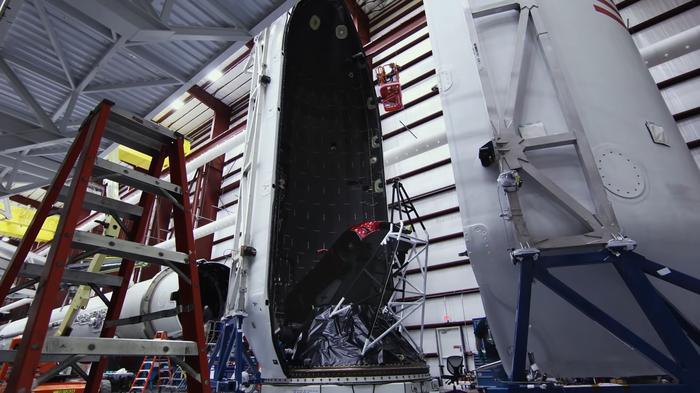 Год назад в космос был запущен Tesla Roadster. 06.02.2018 Spacex, Илон Маск, Годовщина, Starman, Космос, Tesla, Февраль, 2018, Видео, Длиннопост