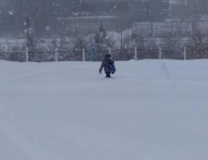 Суровые будни Уфимских школьников Уфа, Фотография, Снегопад, Превозмогание