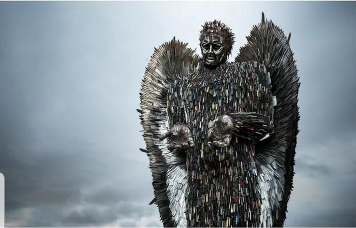 Скульптура ангела из 100 тысяч ножей, конфискованных полицией Великобритания, Скульптура, Нож, Длиннопост
