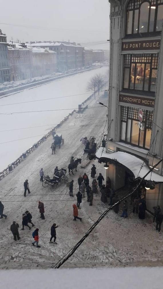 В Питере у торгового центра Au Pont Rouge на Мойке,73 кино снимали Мойка, Фильмы