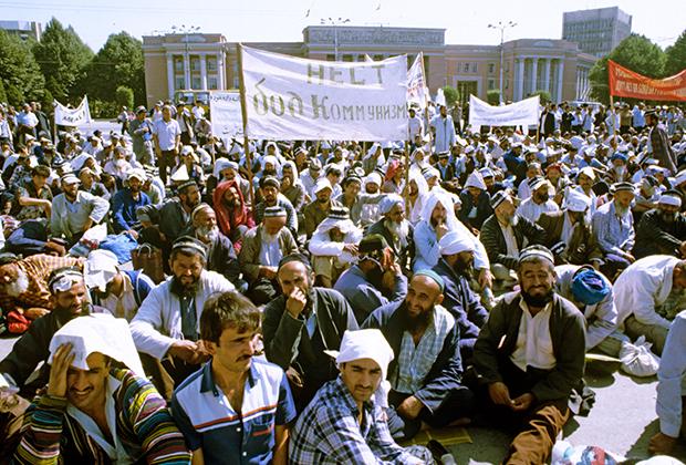 Второе нашествие. Очаг терроризма вблизи России: Таджикистан на пороге нового вторжения исламистов. Таджикистан, Политика, Исламисты, Длиннопост