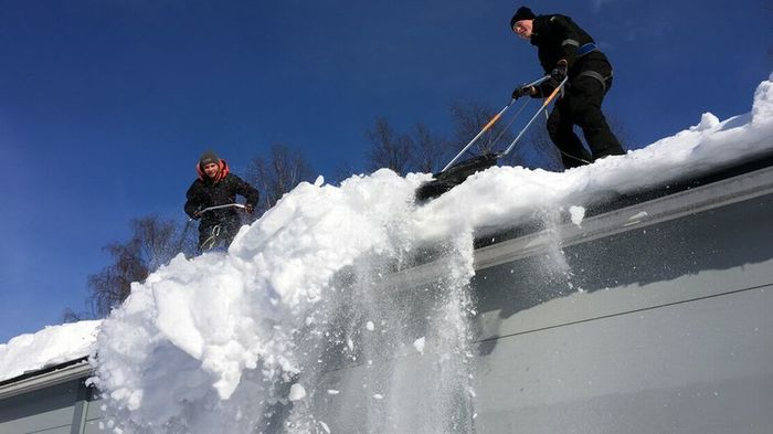 Кто должен отвечать за падение снега и льда с крыши или за скользкий тротуар? Снег, Хреновая погода, Финляндия, Длиннопост