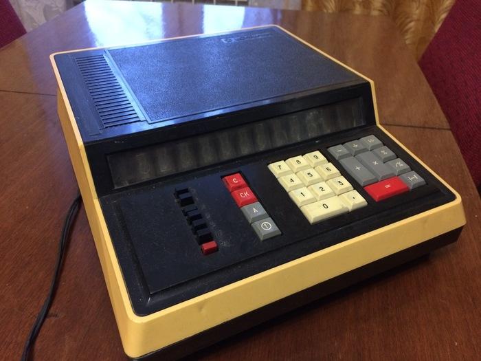 Мега калькулятор искра-111м или «такой только у меня и у Майкла Джексона» СССР, Слелано в СССР, История из детства, Ретро, Электроника, Длиннопост