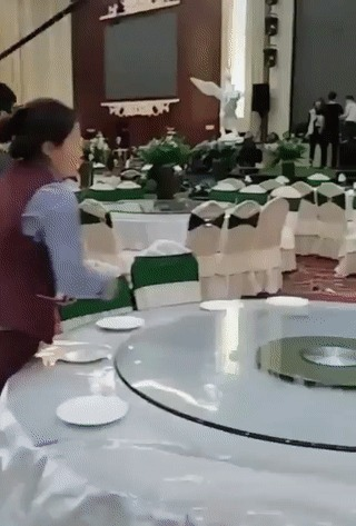 Сервируем стол