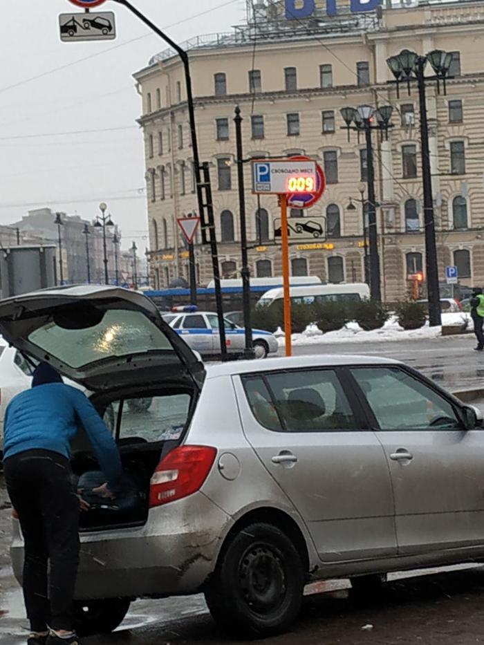 Попрошайки: девушка, два бурята и парень на шкоде. Попрошайки, Попрошайки в метро, Санкт-Петербург, Площадь Восстания, Длиннопост, Развод на деньги, Негатив